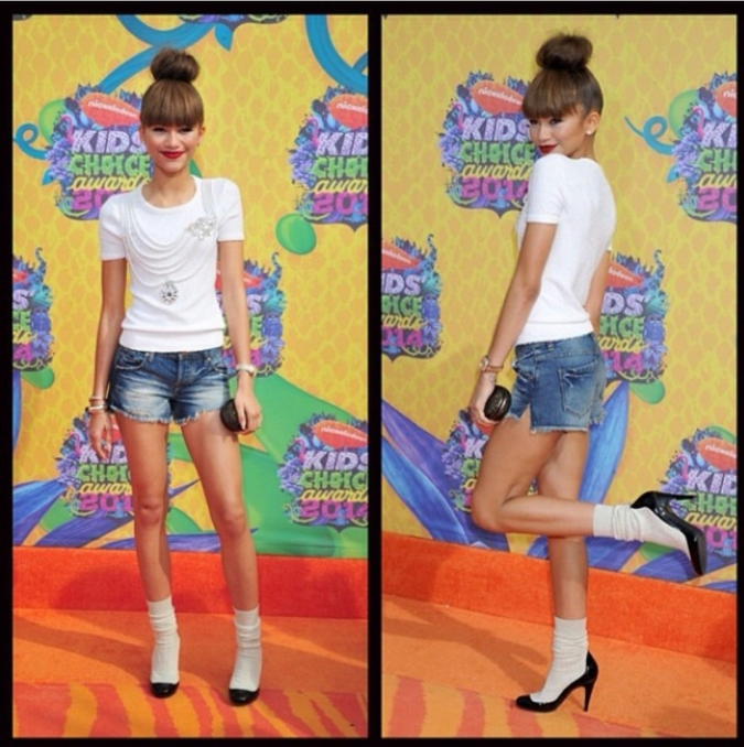 Zendaya wore an Oscar de la Renta white tee Denim shorts and Chanel shoes