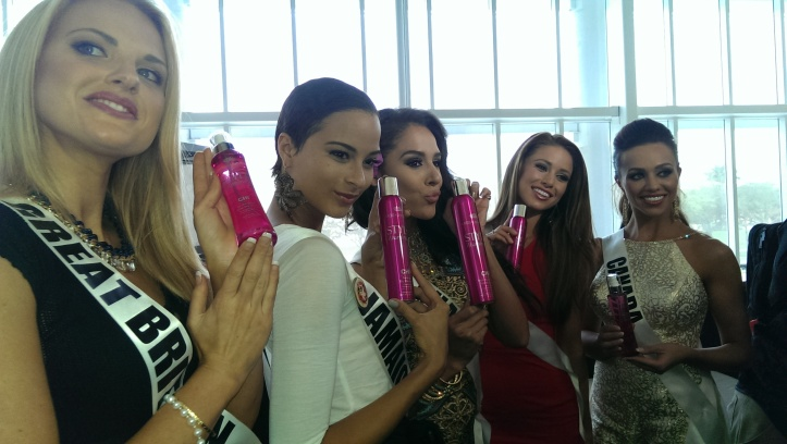 Miss Universe Contestants L-R Miss Great Britain, Miss Jamaica, Miss Guam, Miss USA, Miss Canada